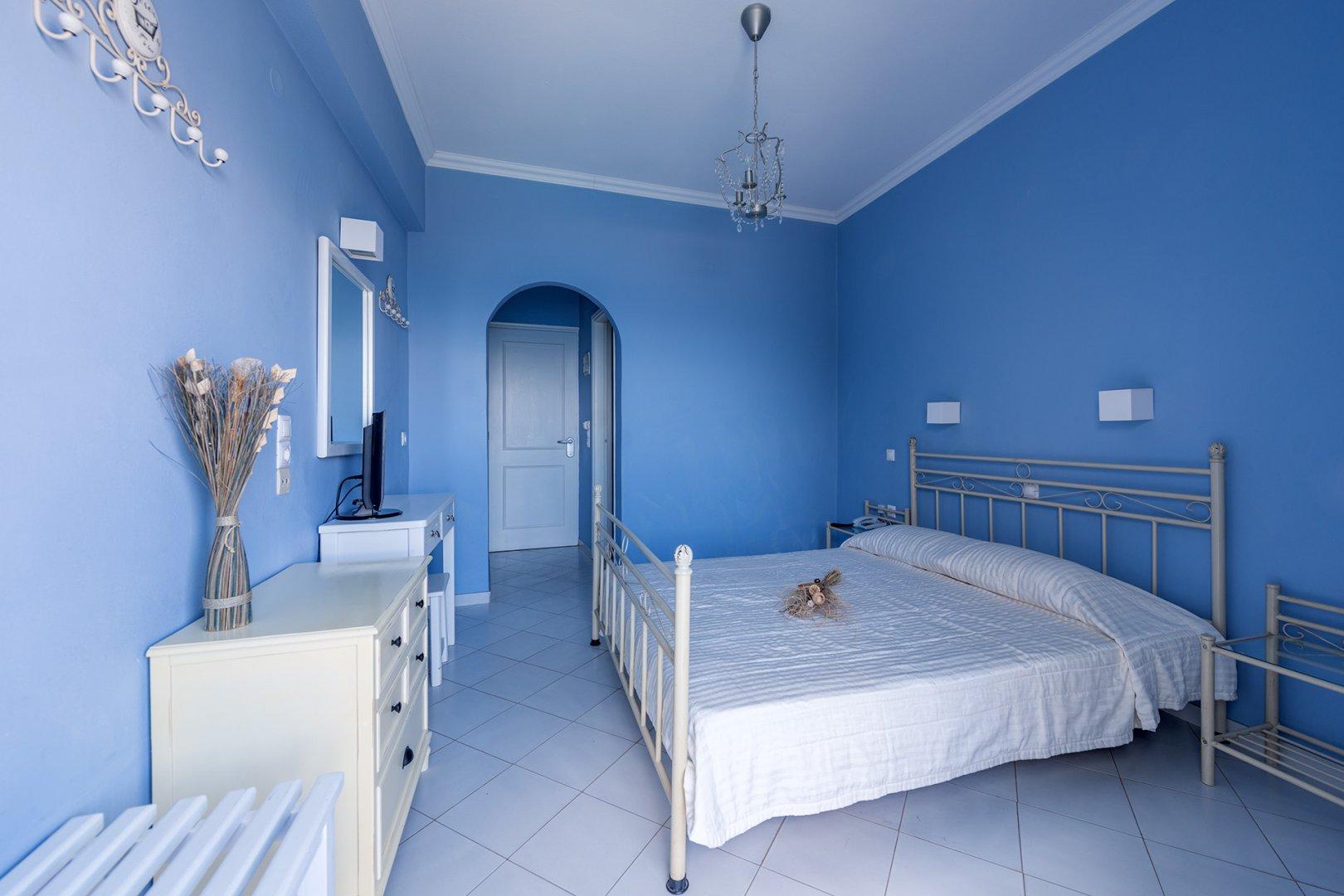 Palazzo greco hotel agia galini for Unique small hotels